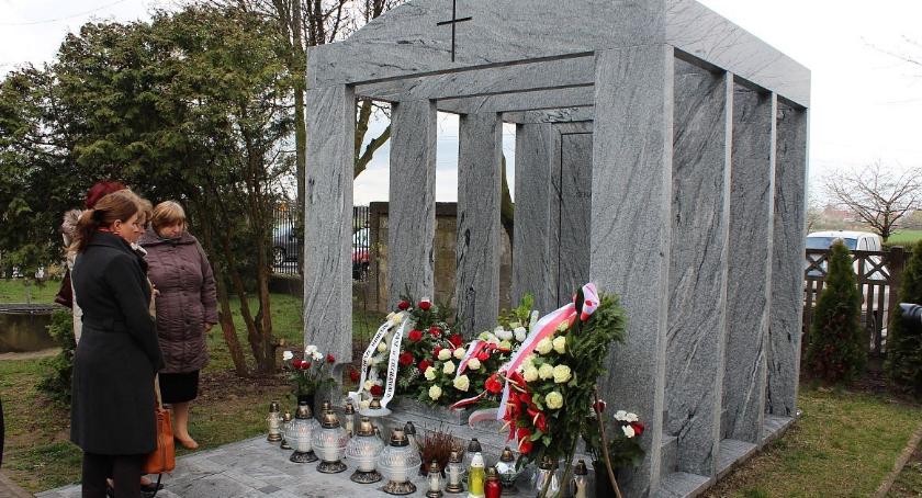 Rocznice, Obchody rocznicy katastrofy smoleńskiej Ciechanowie (aktualizacja) - zdjęcie, fotografia