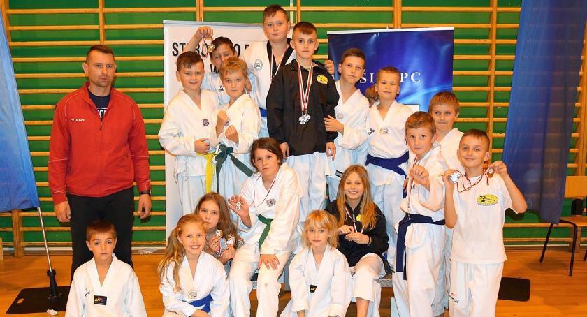 Taekwondo, medali Promyk Ciechanów zawodach taekwondo - zdjęcie, fotografia