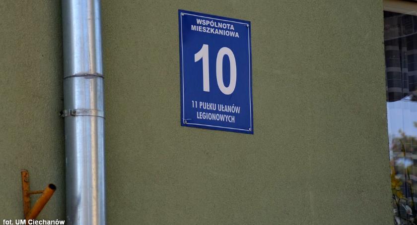 Samorząd, Ratusz przypomina obowiązku oznaczania budynków - zdjęcie, fotografia