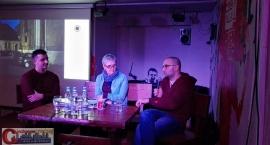 Filip Springer gościł w Ciechanowie. Opowiadał o książce