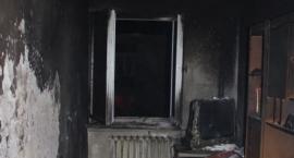 Z ostatniej chwili: Pożar w bloku w centrum Ciechanowa (zdjęcia)