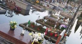 Wasze Info: Woda zalewa groby na cmentarzu komunalnym. PUK wyjaśnia