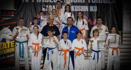 Dziewięć miejsc na podium karateków z Ciechanowa (zdjęcia)