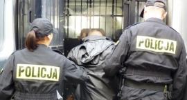 35-latek zatrzymany w centrum Ciechanowa. Miał przy sobie narkotyki