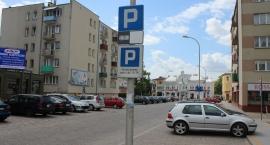 Opłaty za parkingi w Ciechanowie będą obowiązywały o godzinę krócej?